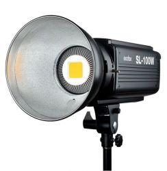 Iluminador Fresnell Led 5600k Lux 2400 Montagem Bowens Sl 100w